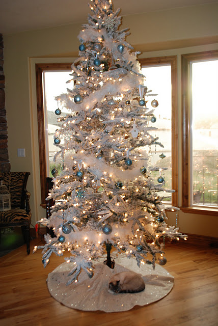 white christmas tree 1