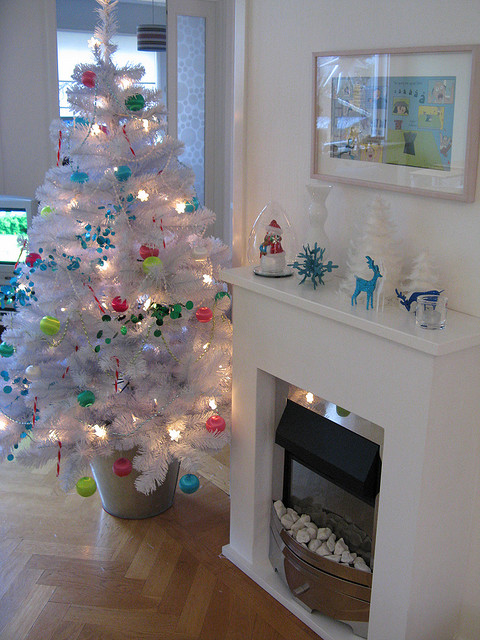 white christmas tree 2